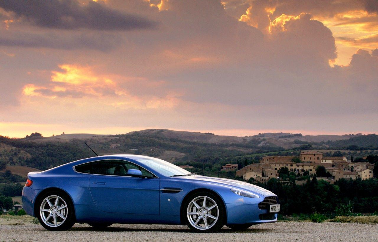 Aston Martin Vantage HD Wallpapers