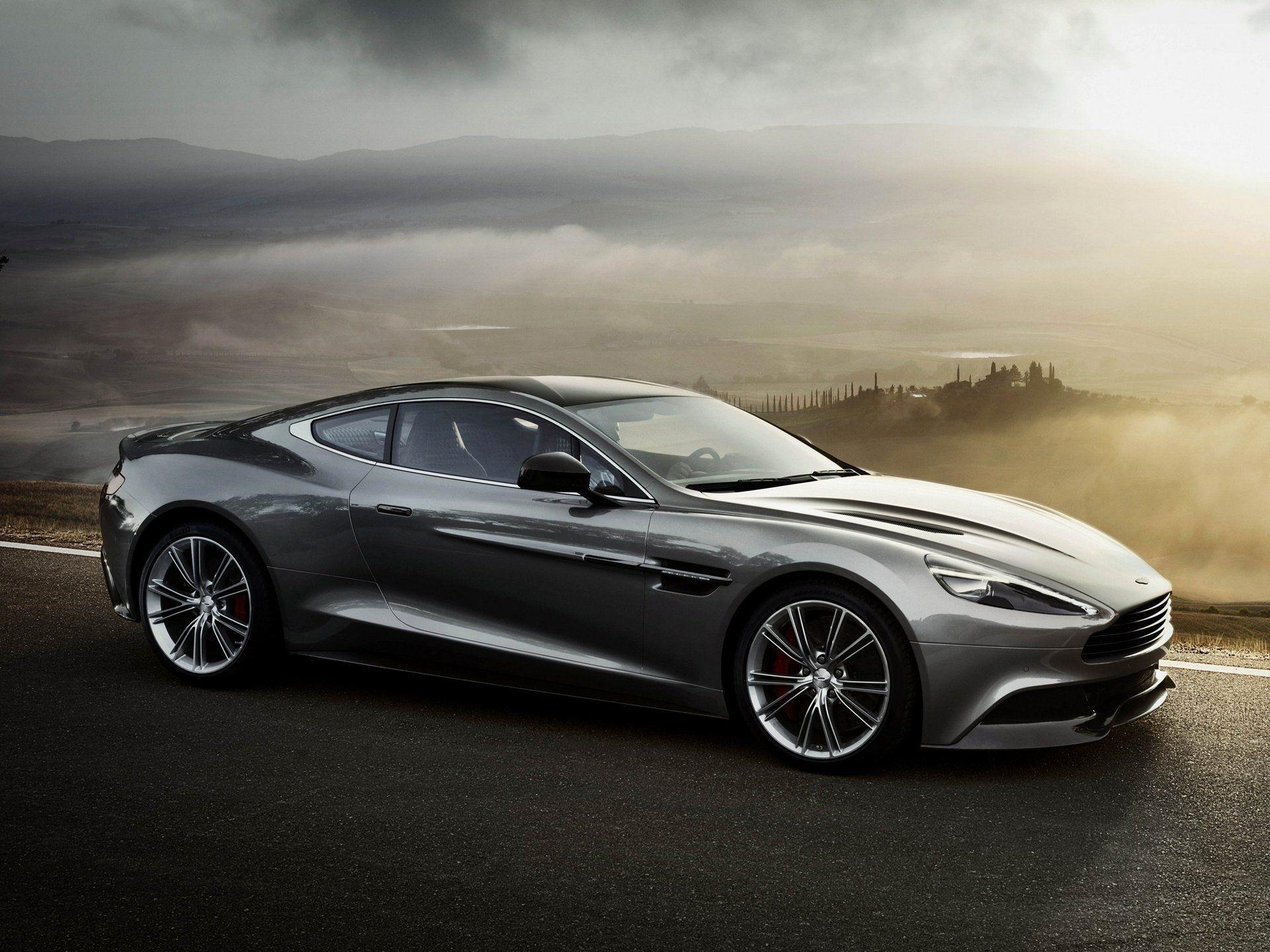 40 Aston Martin Vanquish HD Wallpapers
