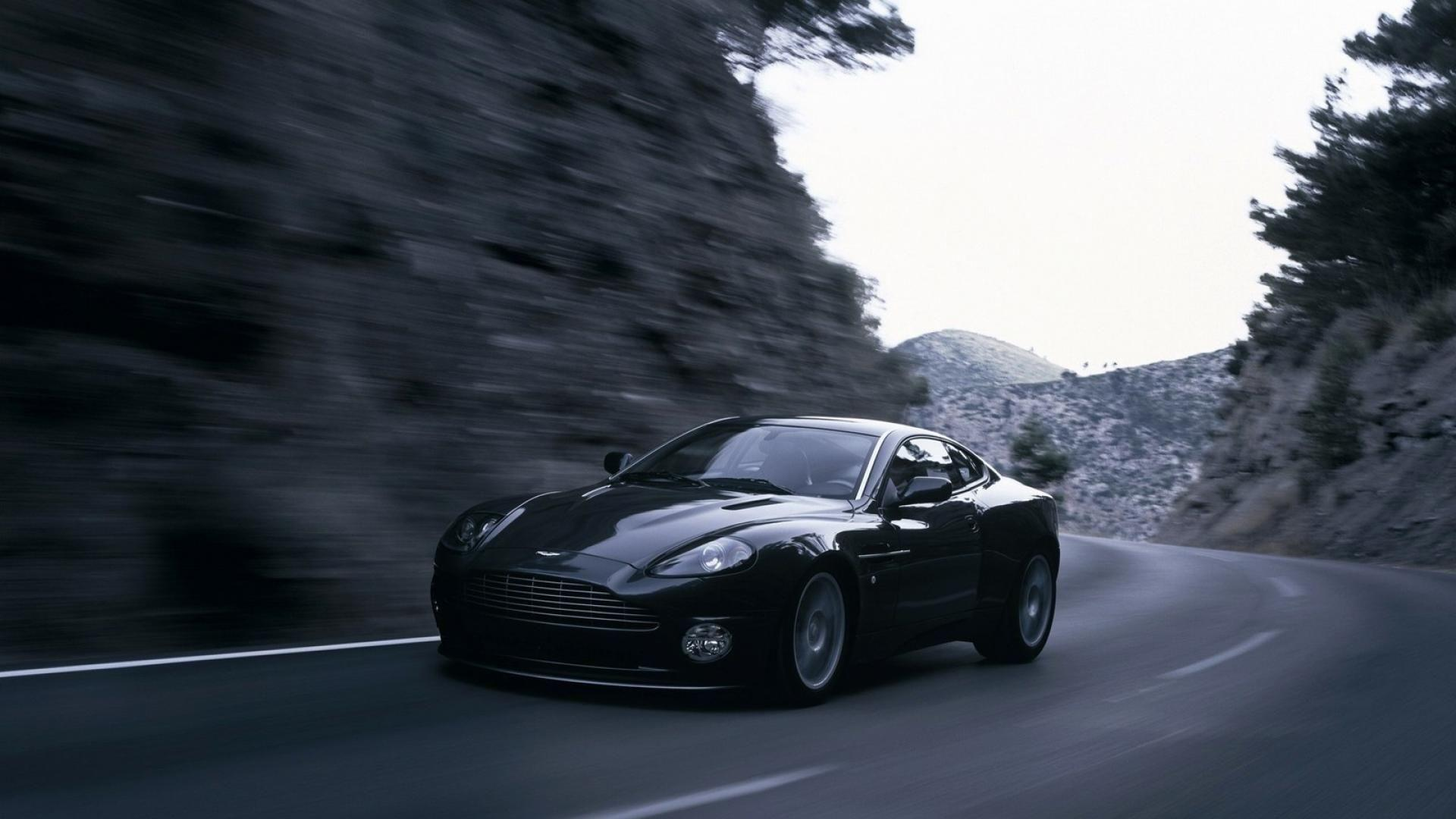 Aston Martin Vanquish Wallpapers