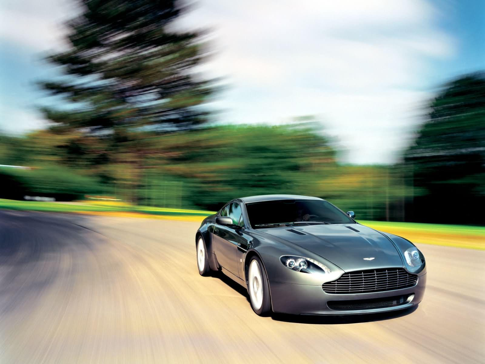 Aston Martin V8 Vantage Wallpapers HD