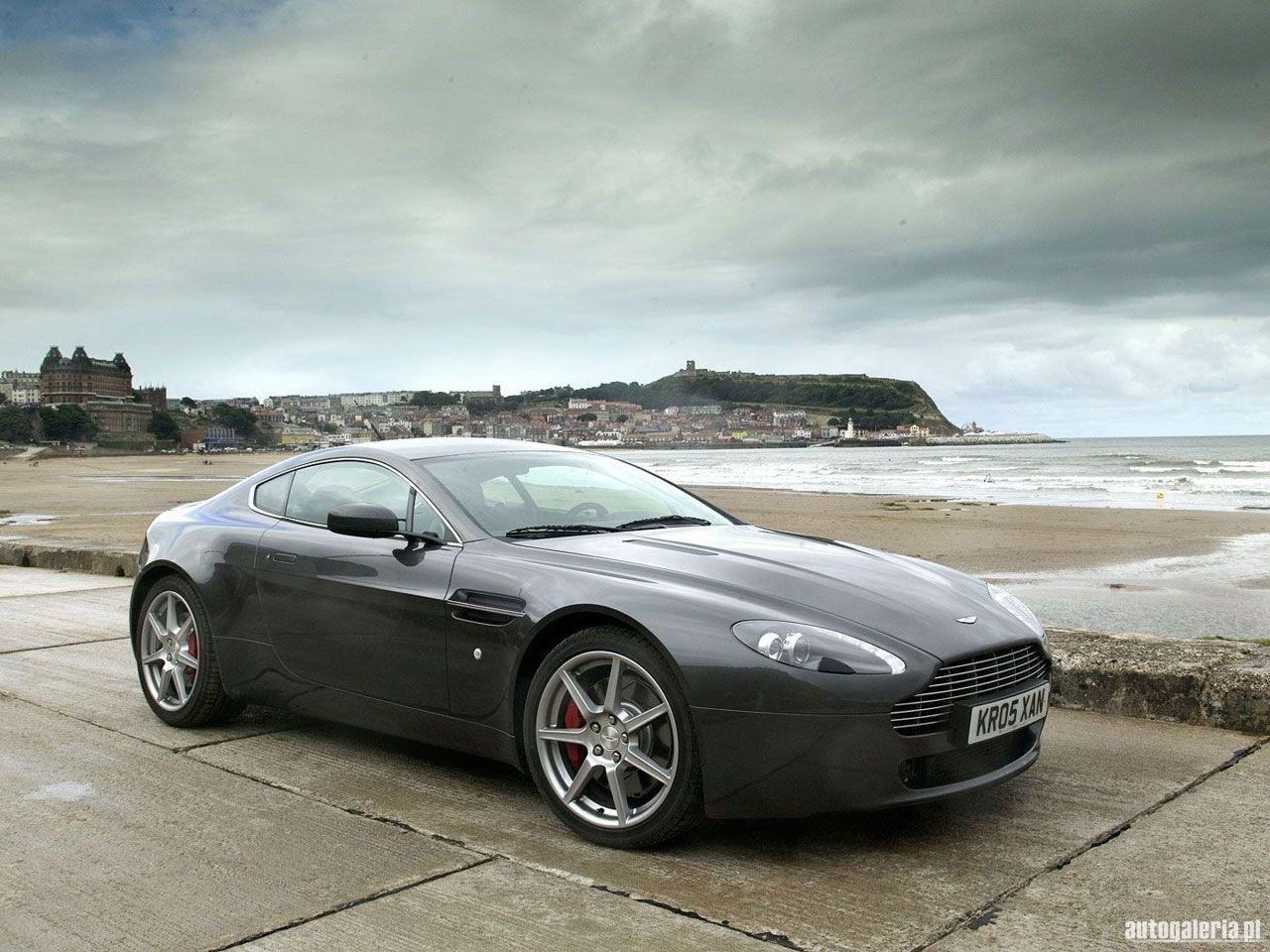 Aston Martin V8 Vantage Photos and Wallpapers