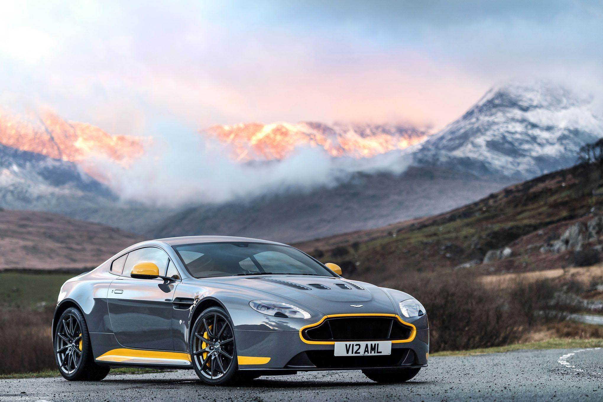 2017 Aston Martin V12 Vantage S Desktop Wallpapers