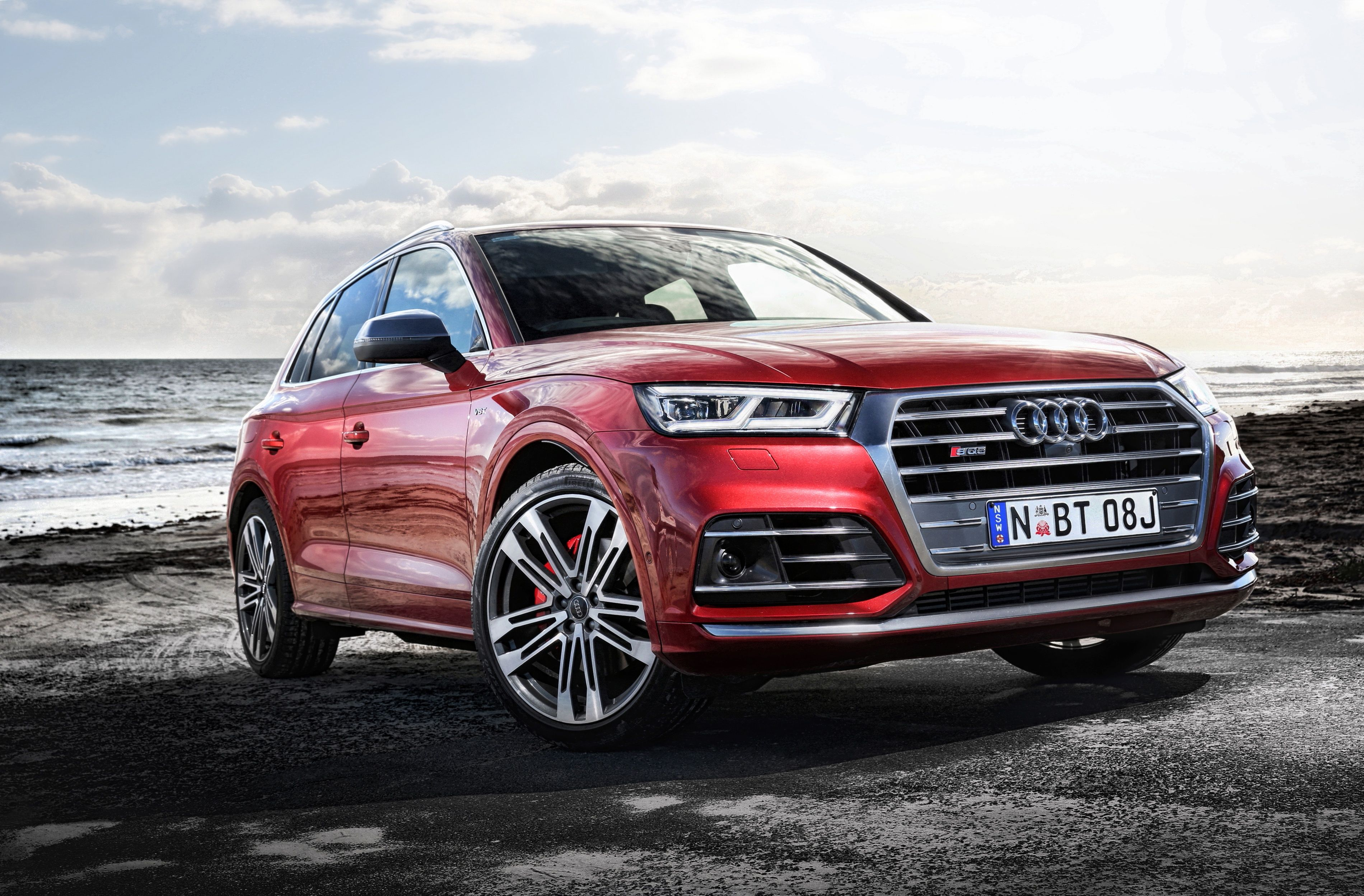 Audi Q5 HD Wallpapers