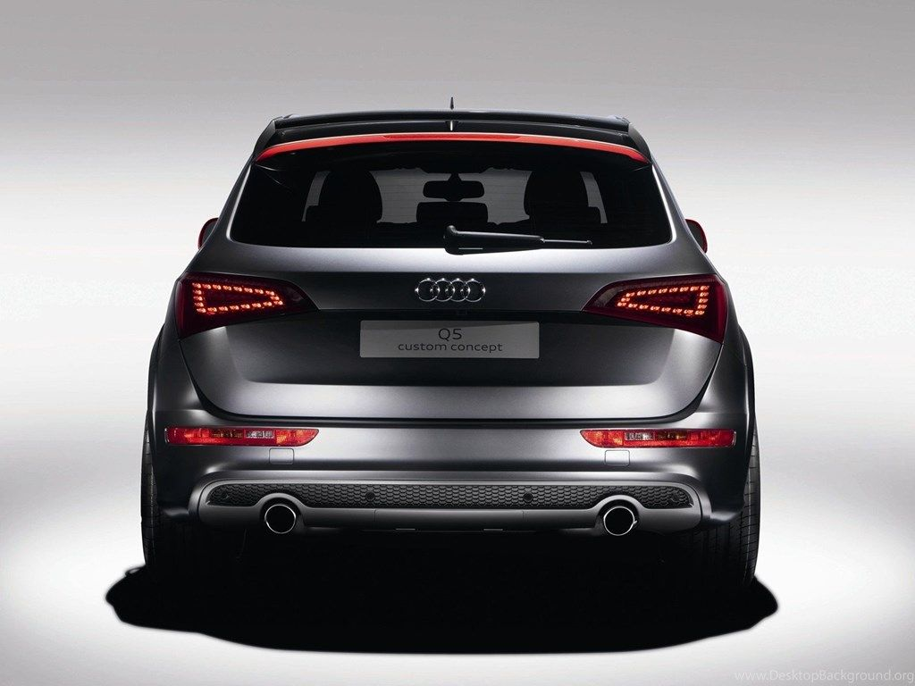 Beautiful Car Audi Q5 In Moscow Wallpapers And Image Wallpapers