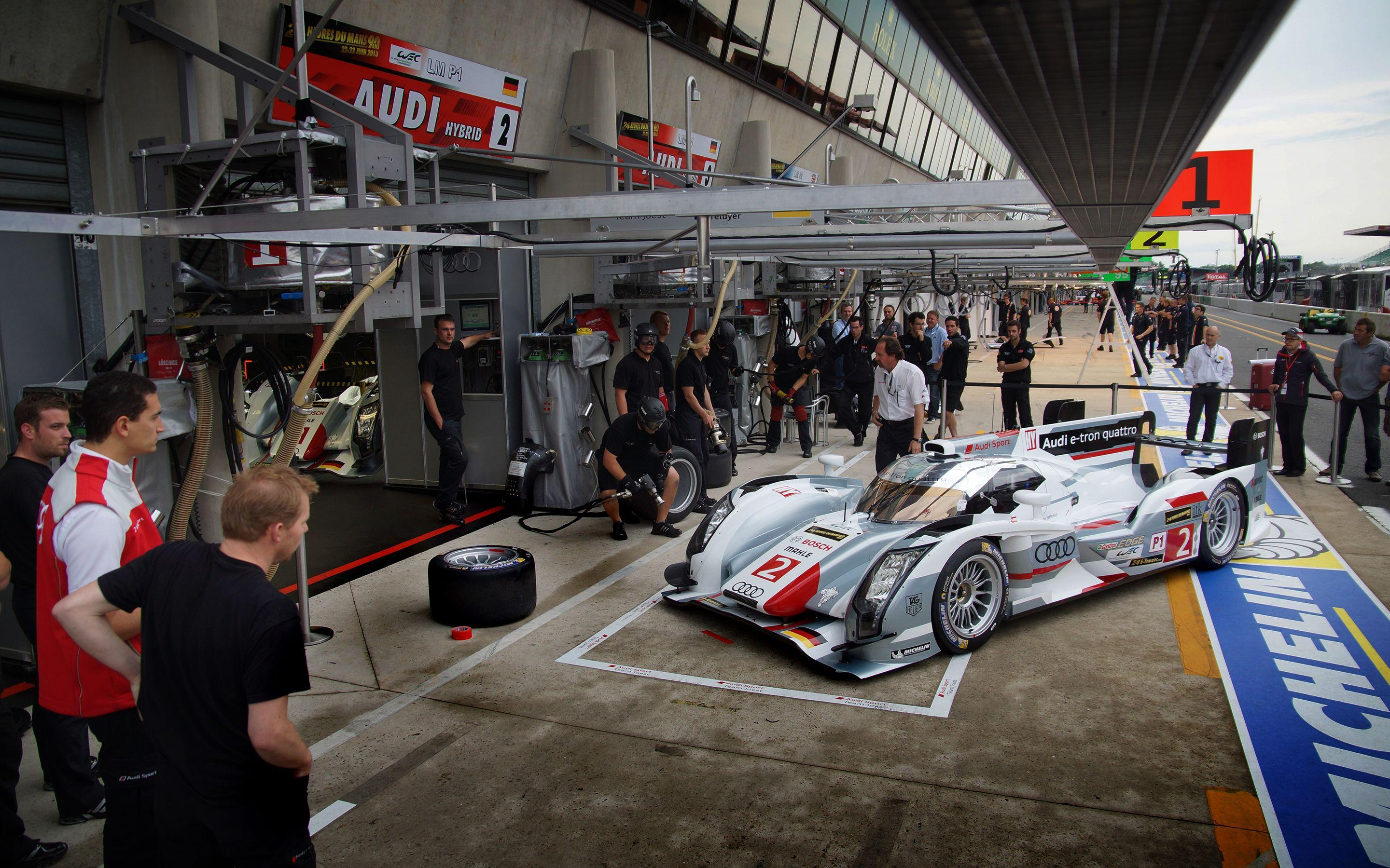 WotD: Pit Practice at the 24 Hours of Le Mans