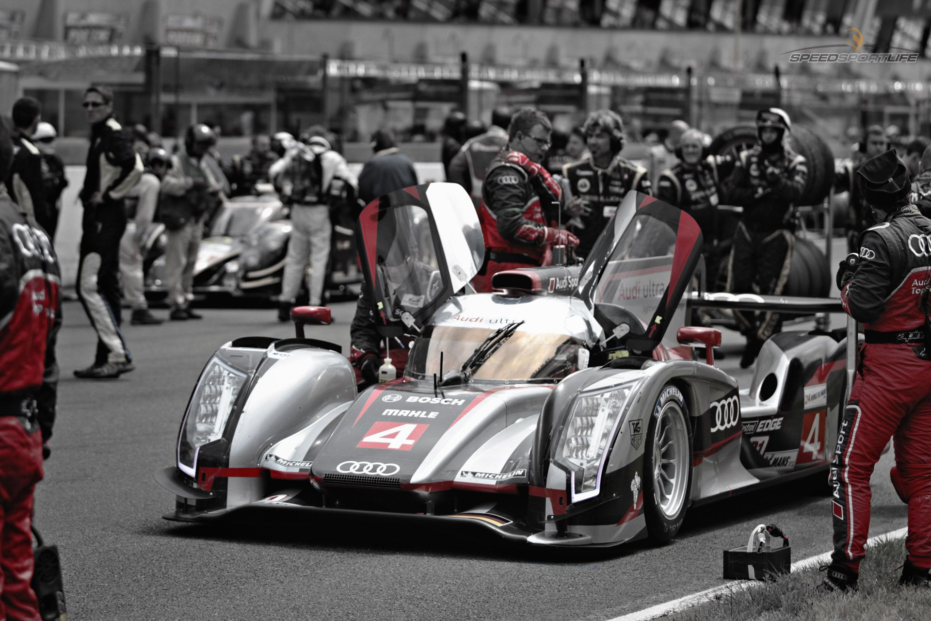 S:S:L Wallpaper: On the Grid at Le Mans