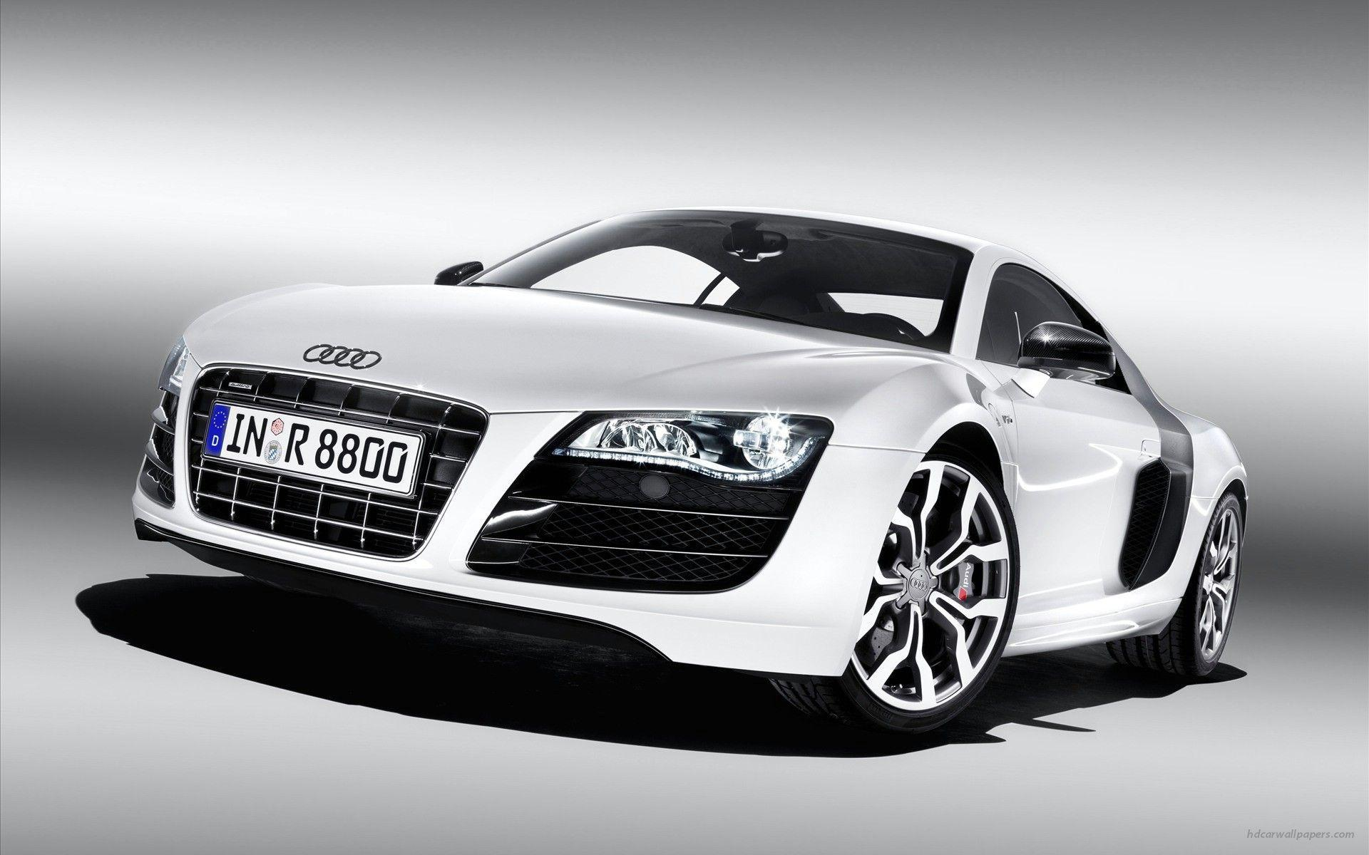 Audi R8 v10 4 Wallpapers