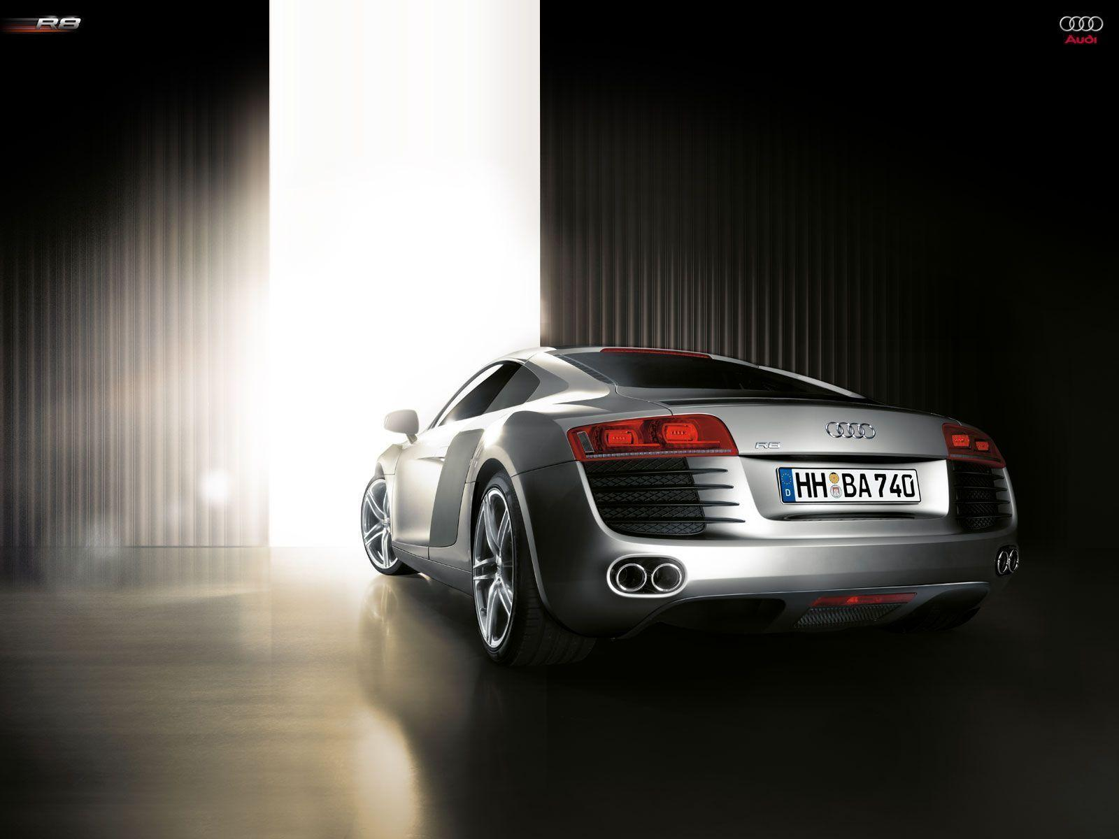 TOP HD WALLPAPERS: AUDI R8 HD WALLPAPERS