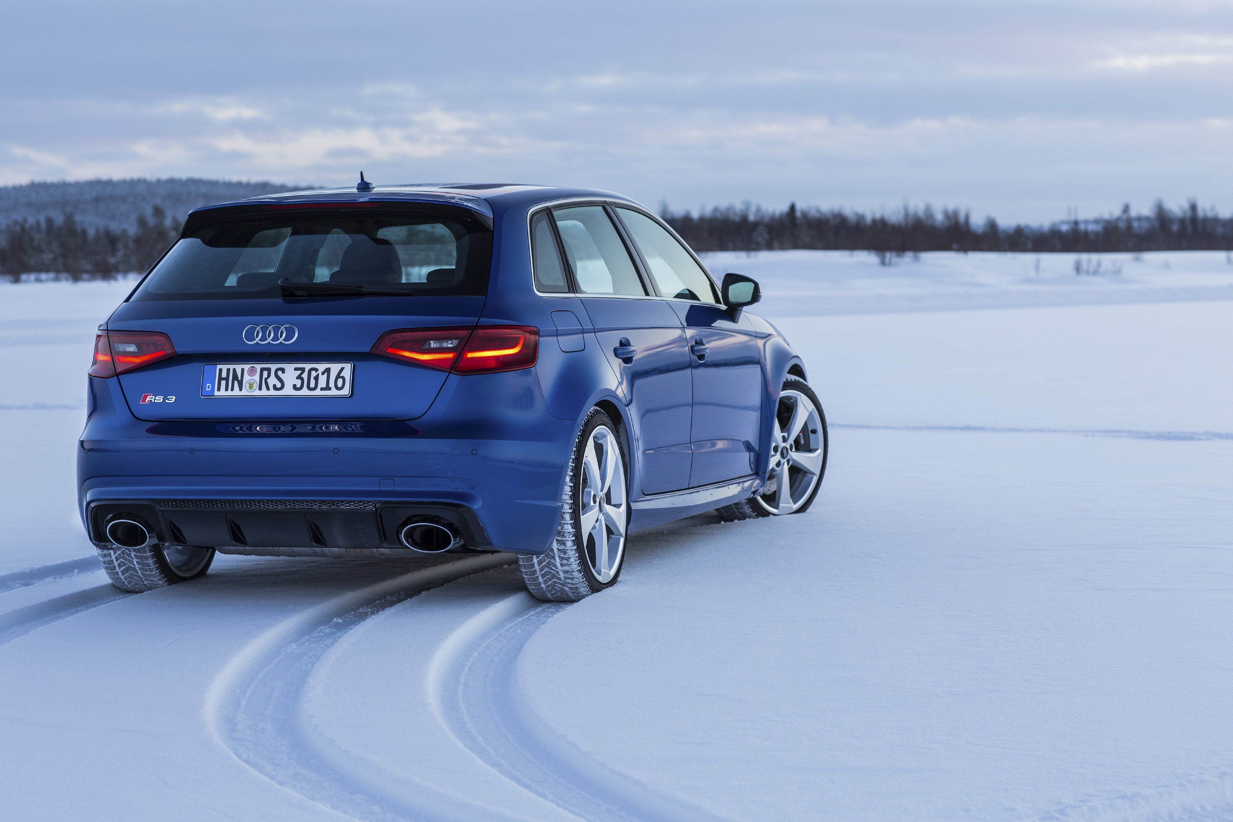 Audi Rs3 2015 HD Wallpapers