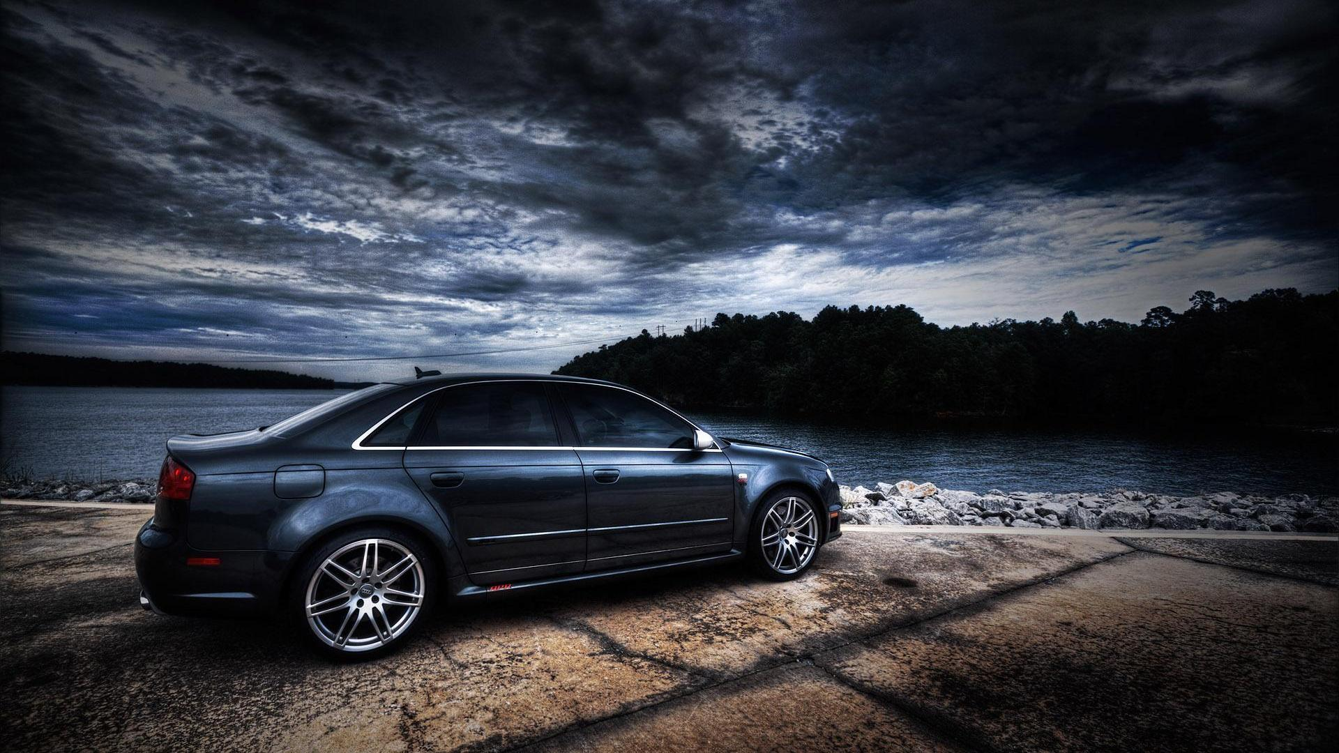 Audi RS4 Wallpapers 10
