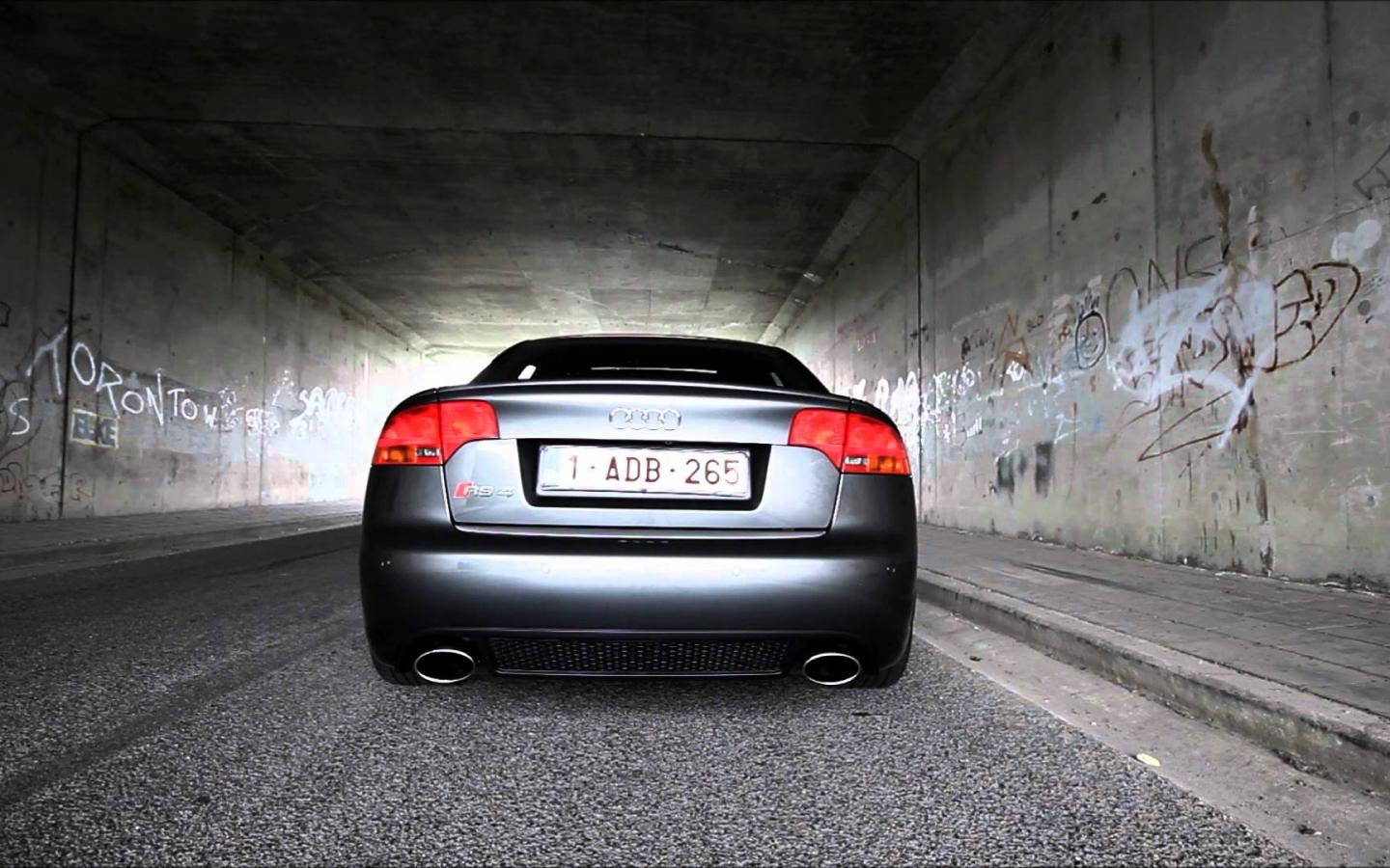 Audi RS4 Wallpapers HD 2