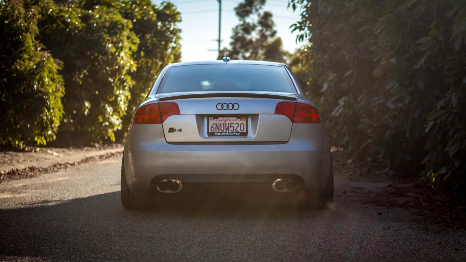 Audi RS4 Wallpapers Widescreen