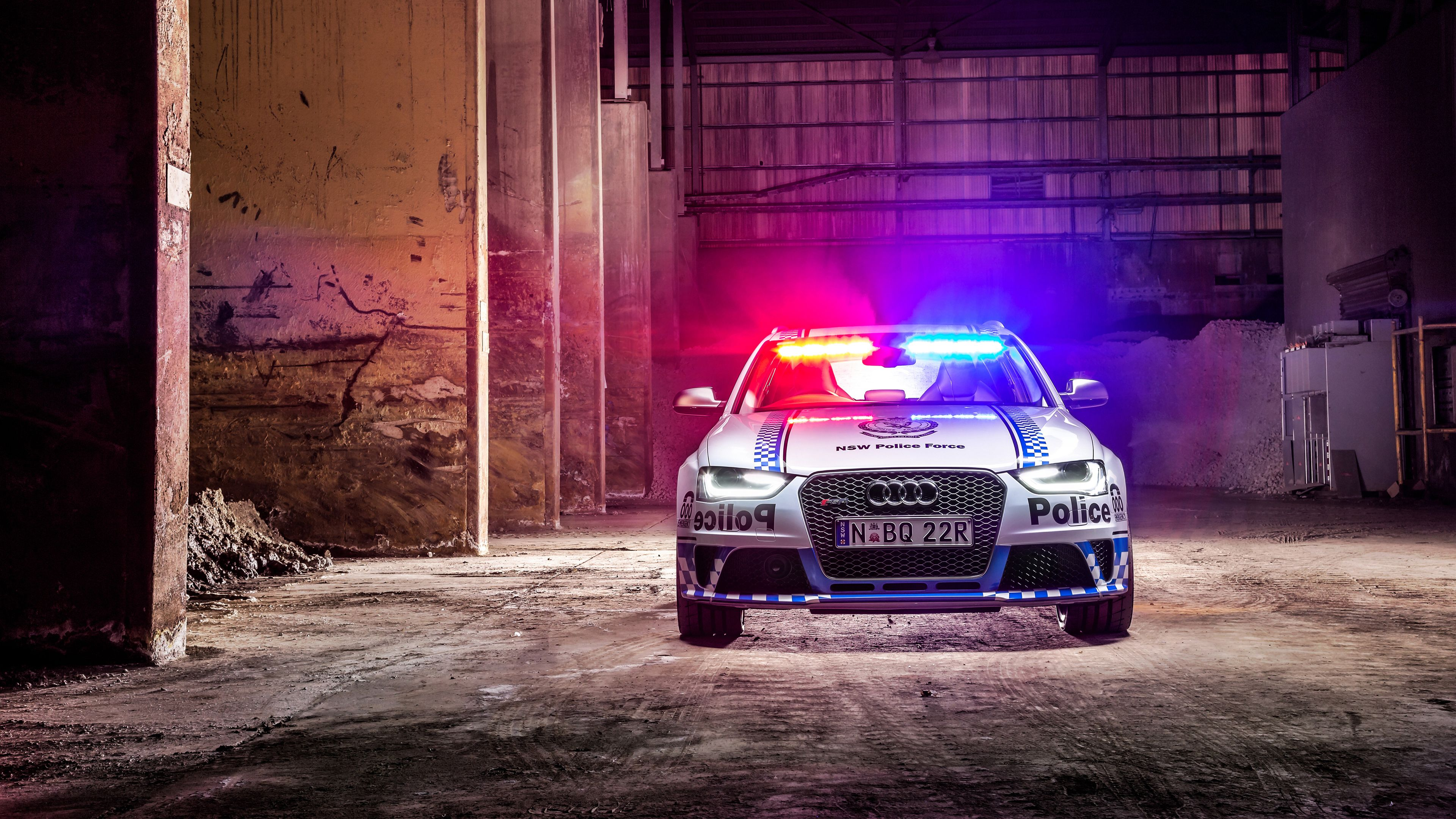 2015 Audi RS4 Avant Police Wallpapers