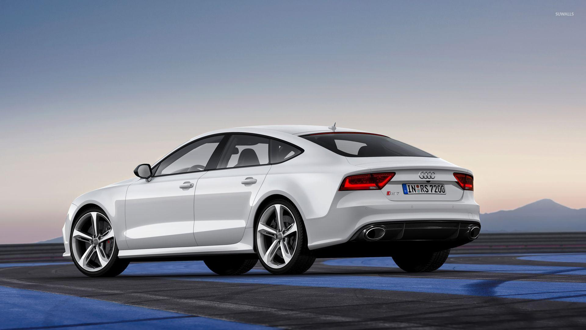 Back view of a 2014 Audi RS7 Sportback wallpapers