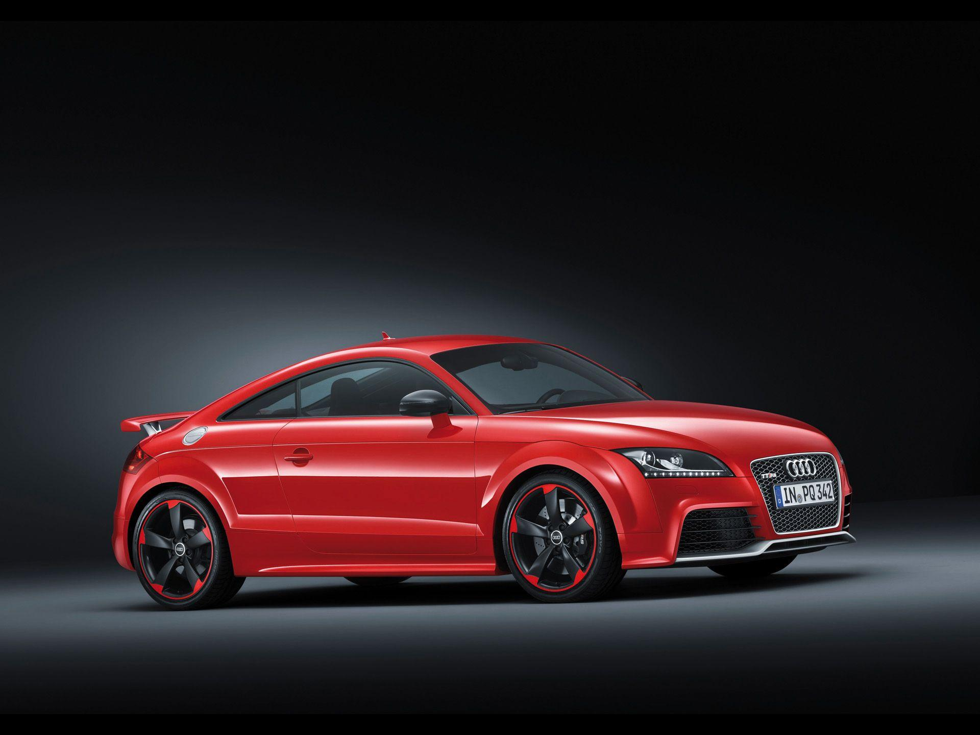 Audi TT RS plus Side wallpapers
