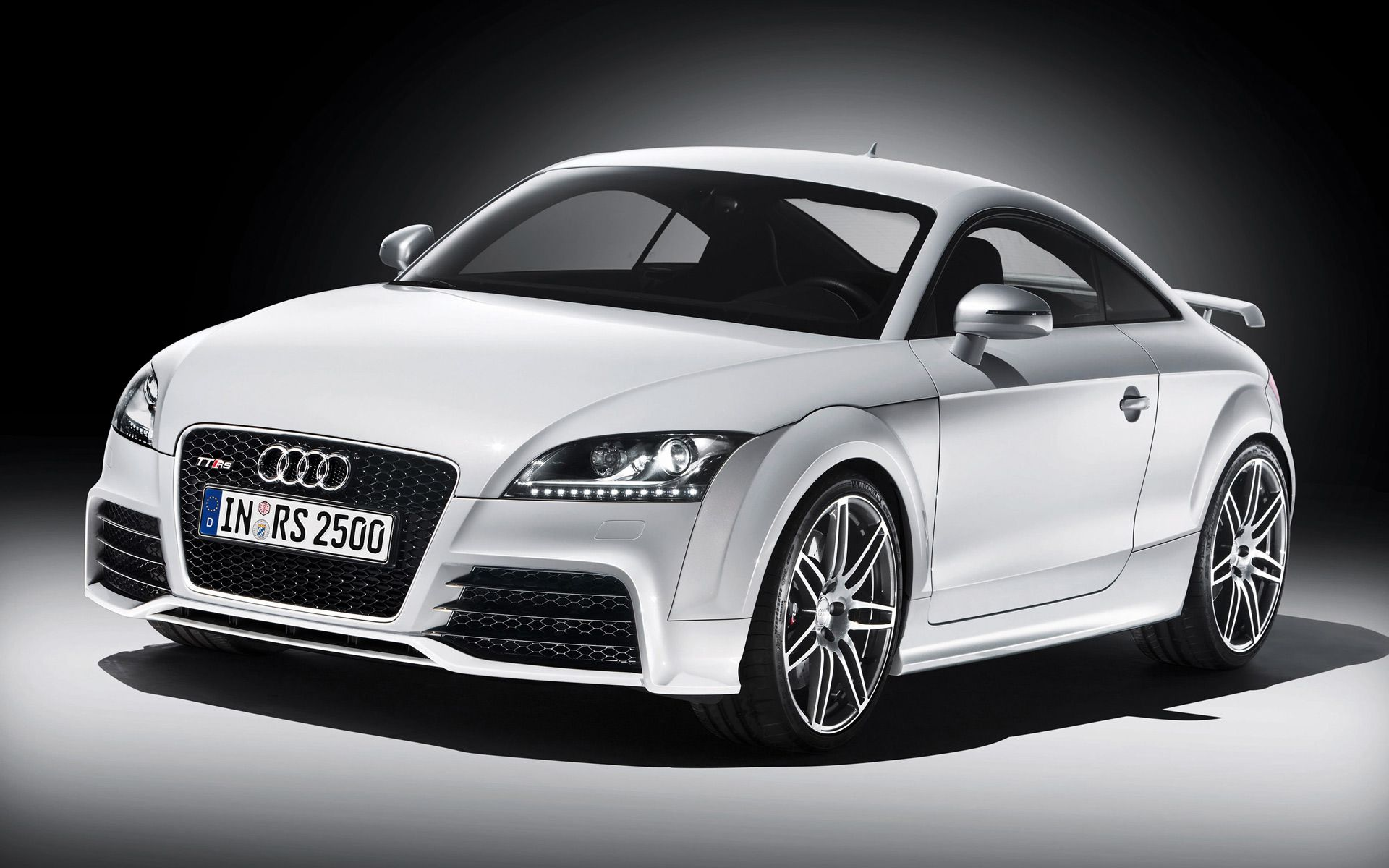 Audi Tt Rs Photos and Wallpapers