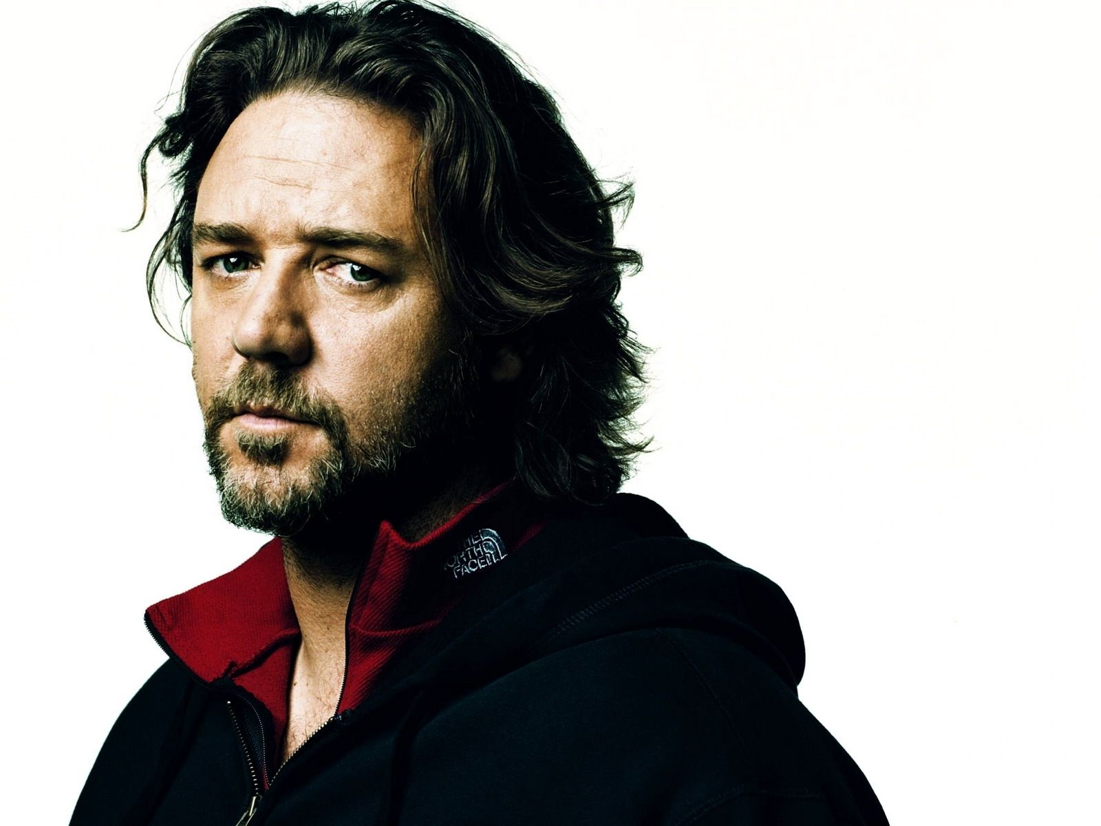 Russell Crowe 9815 1600x1200 px ~ HDWallSource