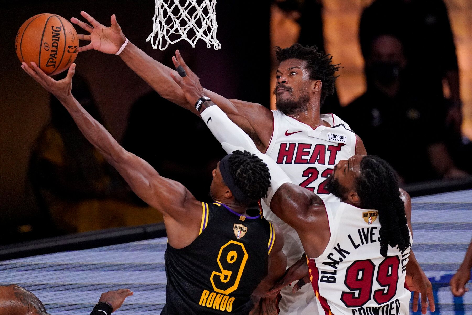 The Heat Defeat the Lakers in Game 5