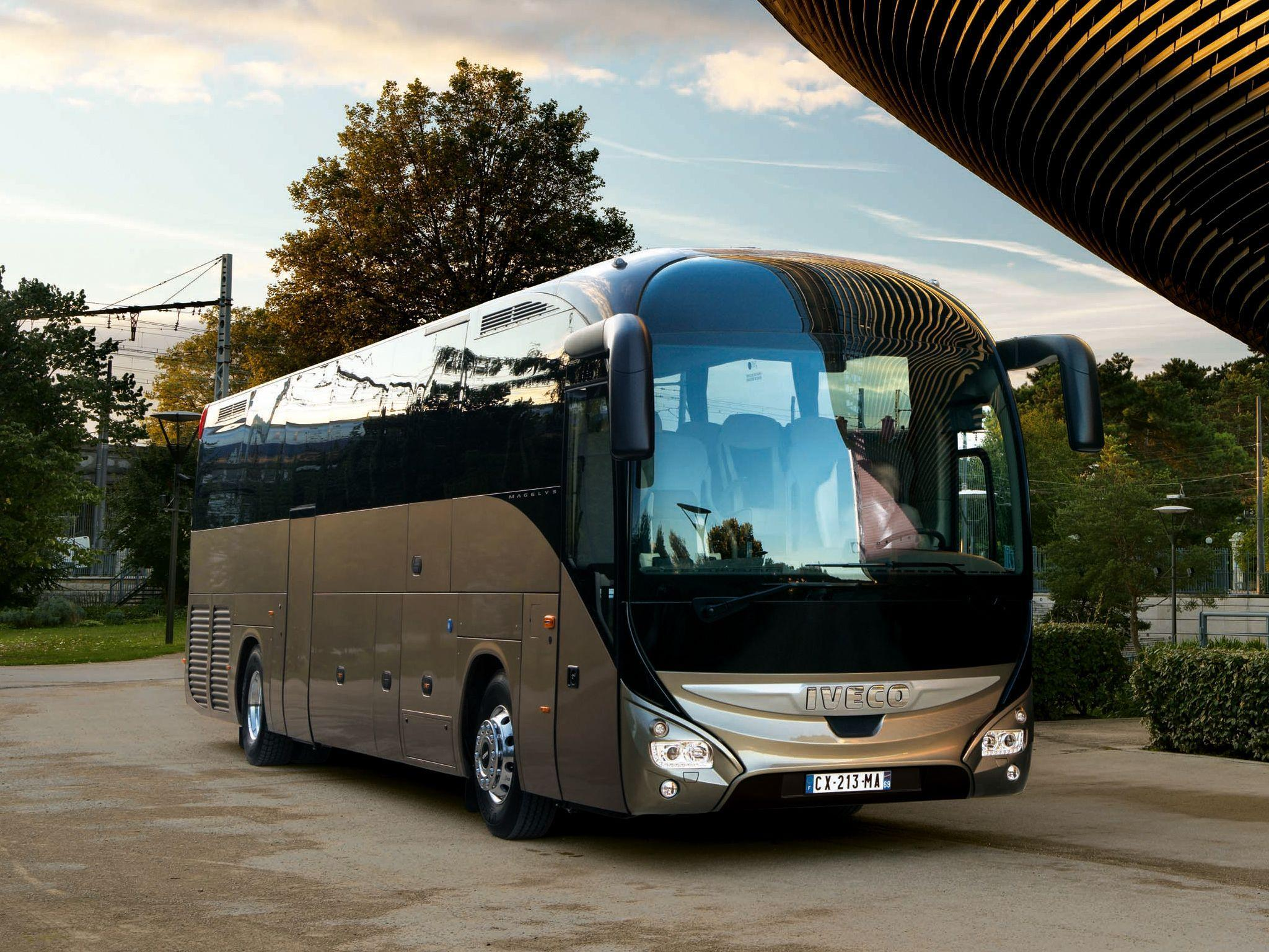 2013 Iveco Magelys Pro Bus transport semi tractor g wallpapers