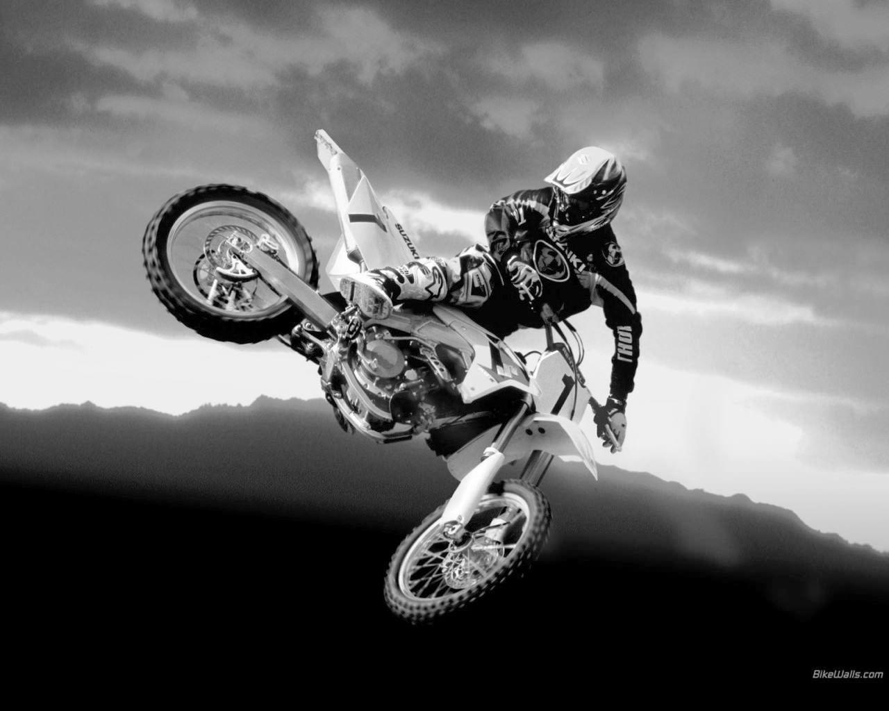 bike stunts wallpapers Collection