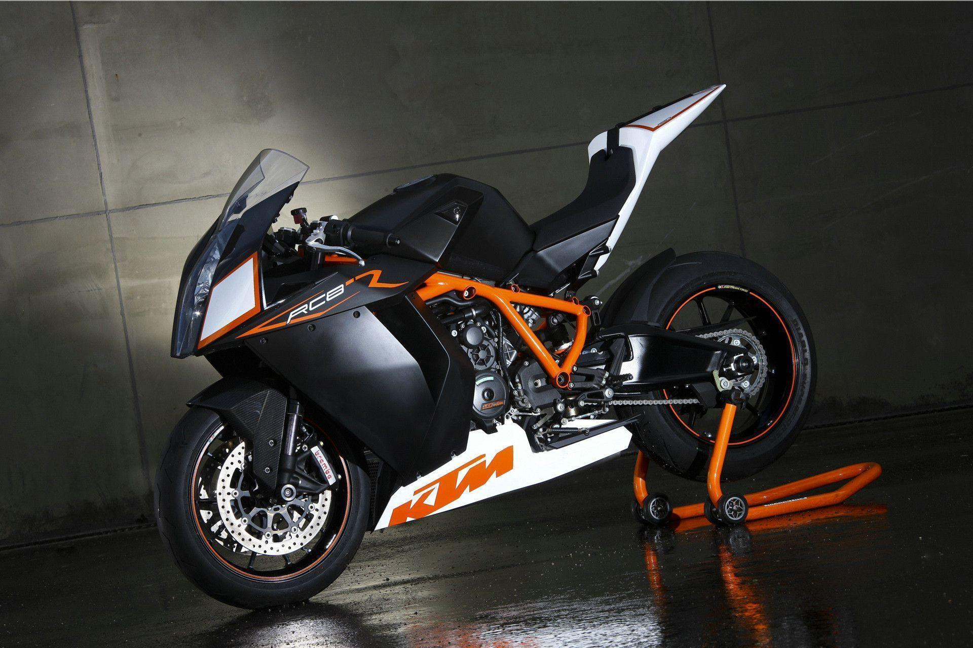 KTM RC8R Wallpapers