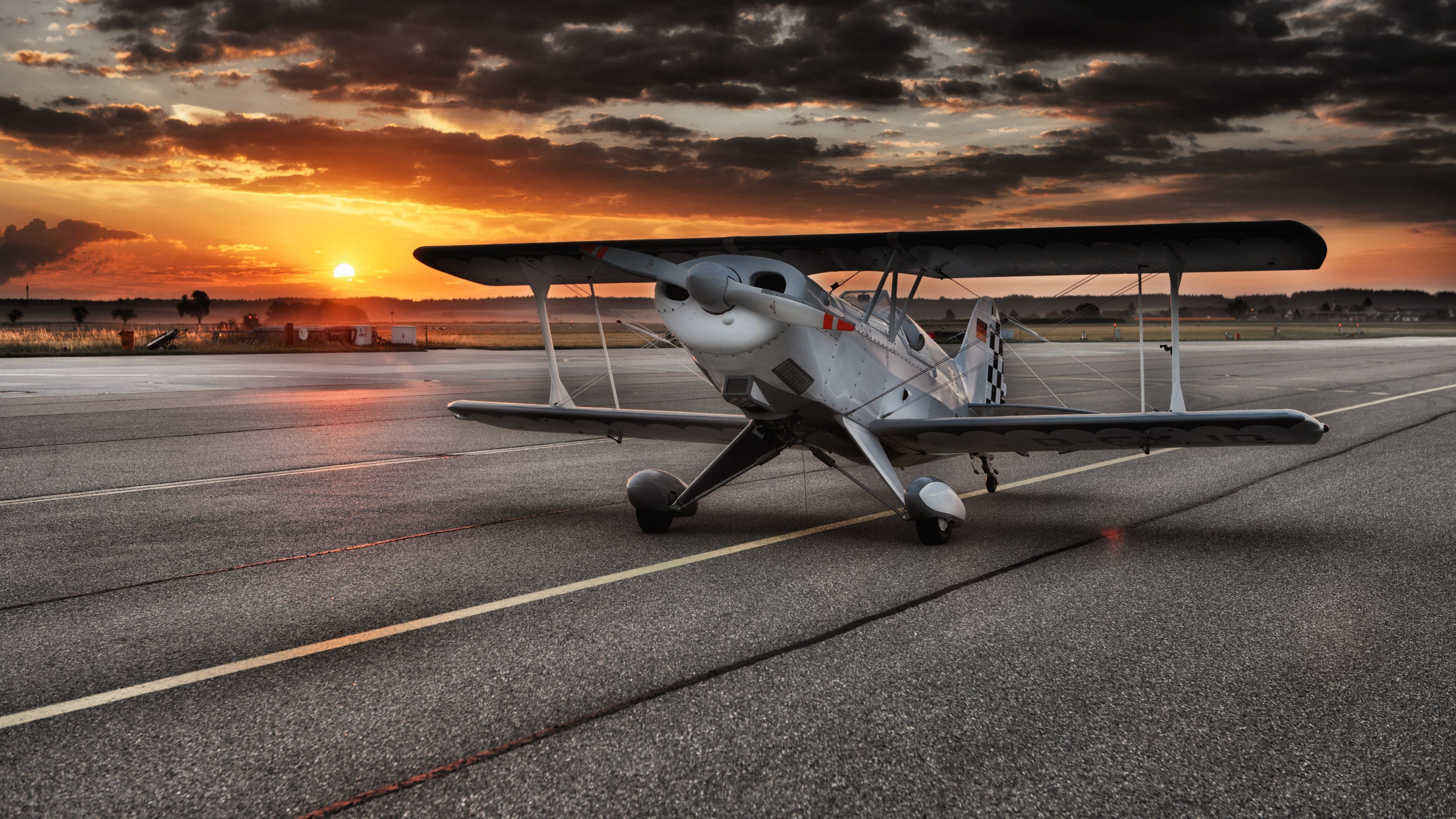 Small Airport Aircraft Wallpapers 50127 3840x2160px