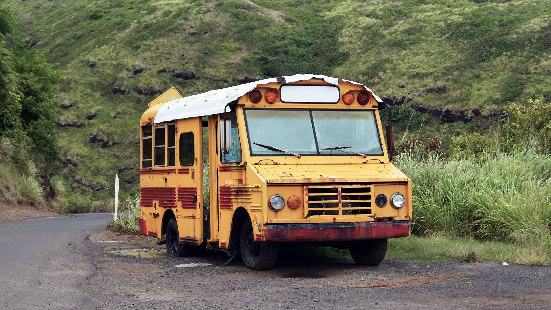 Abandoned Maui School Bus Wallpapers 1920x1080 px
