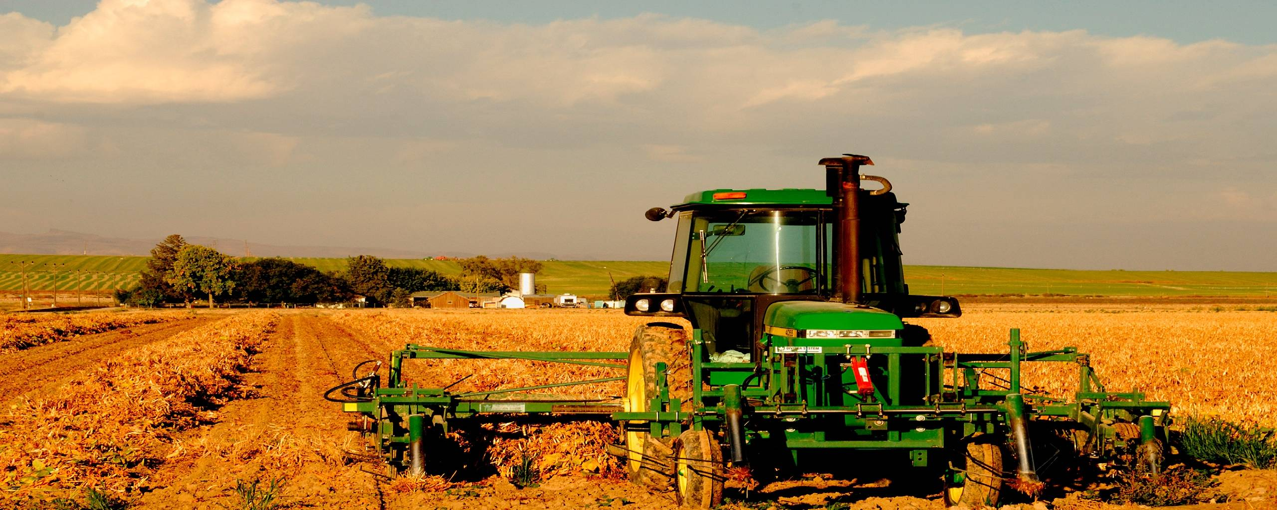 Wallpapers For > Farm Tractor Wallpapers