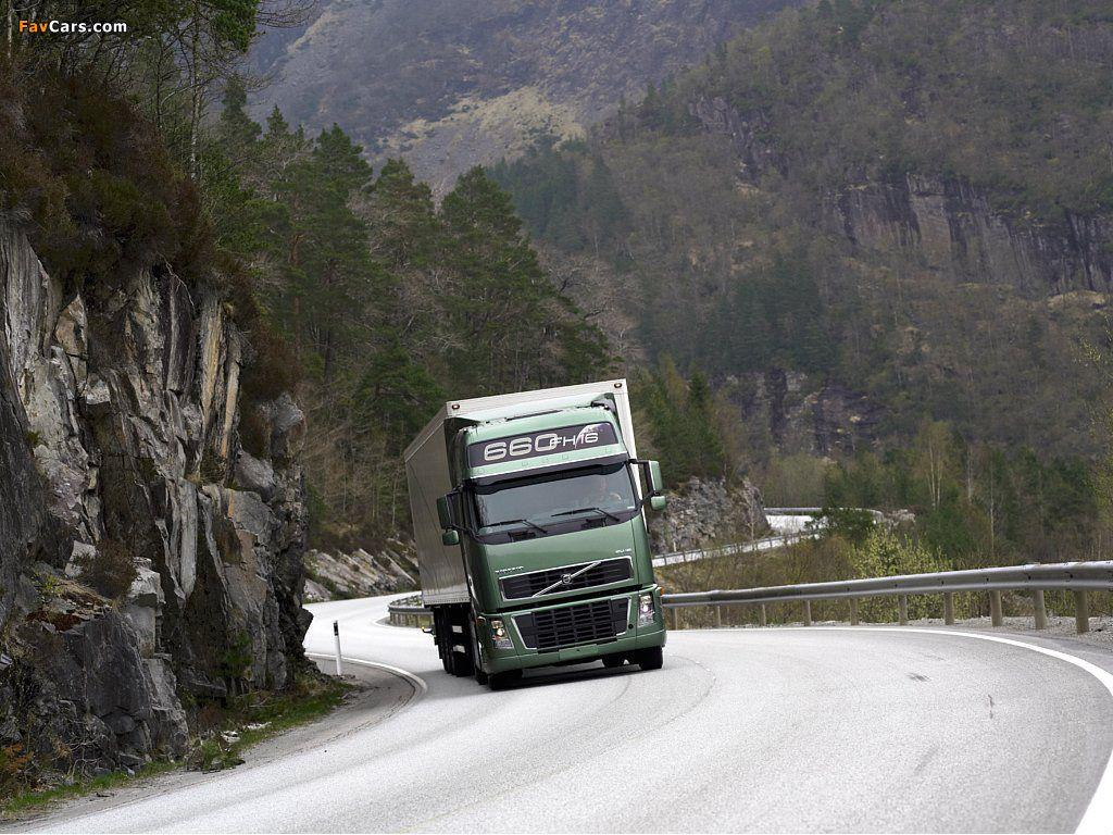 Volvo FH16 4x2 2003–08 wallpapers