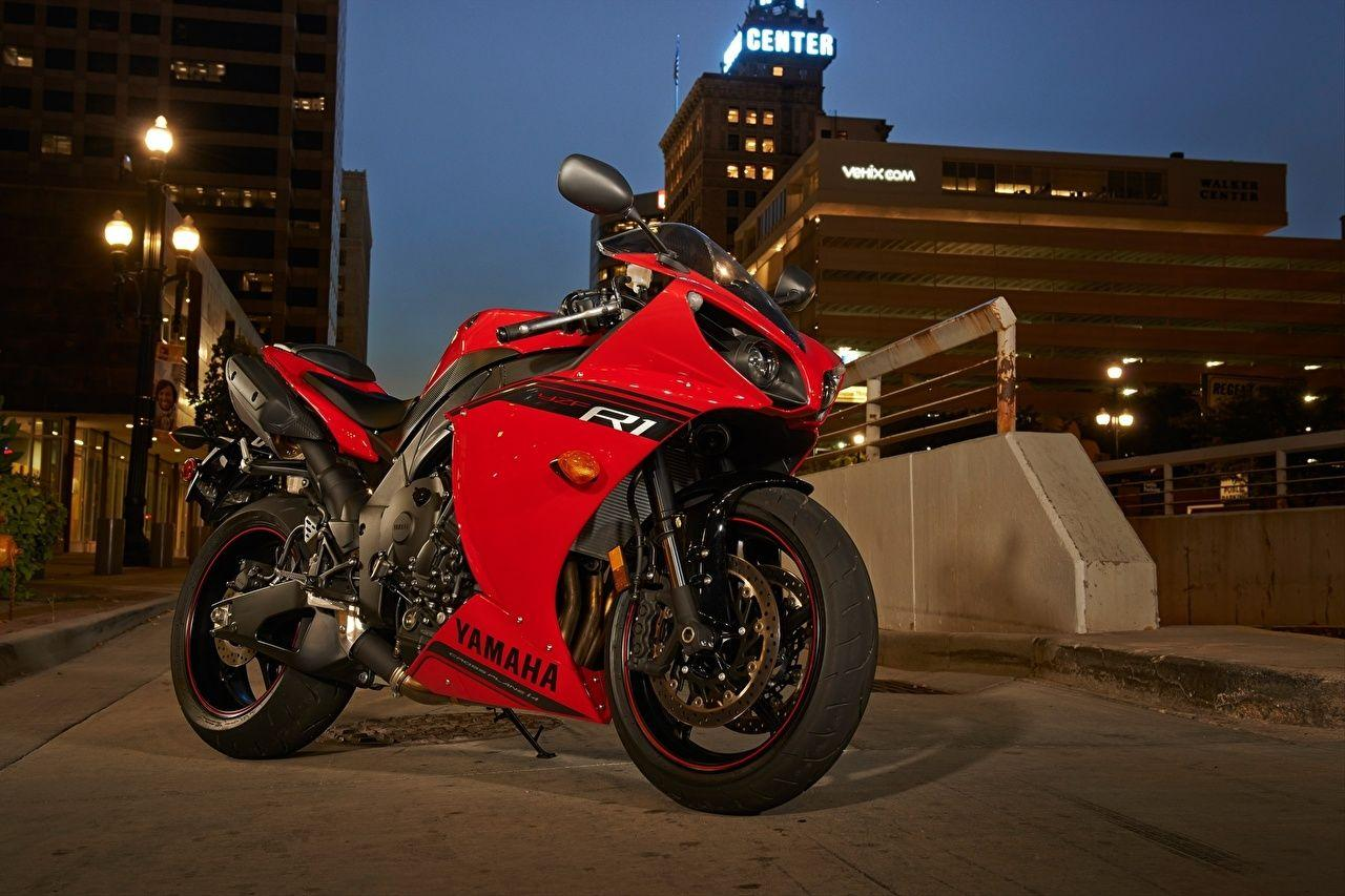 Picture Yamaha Sportbike YZF