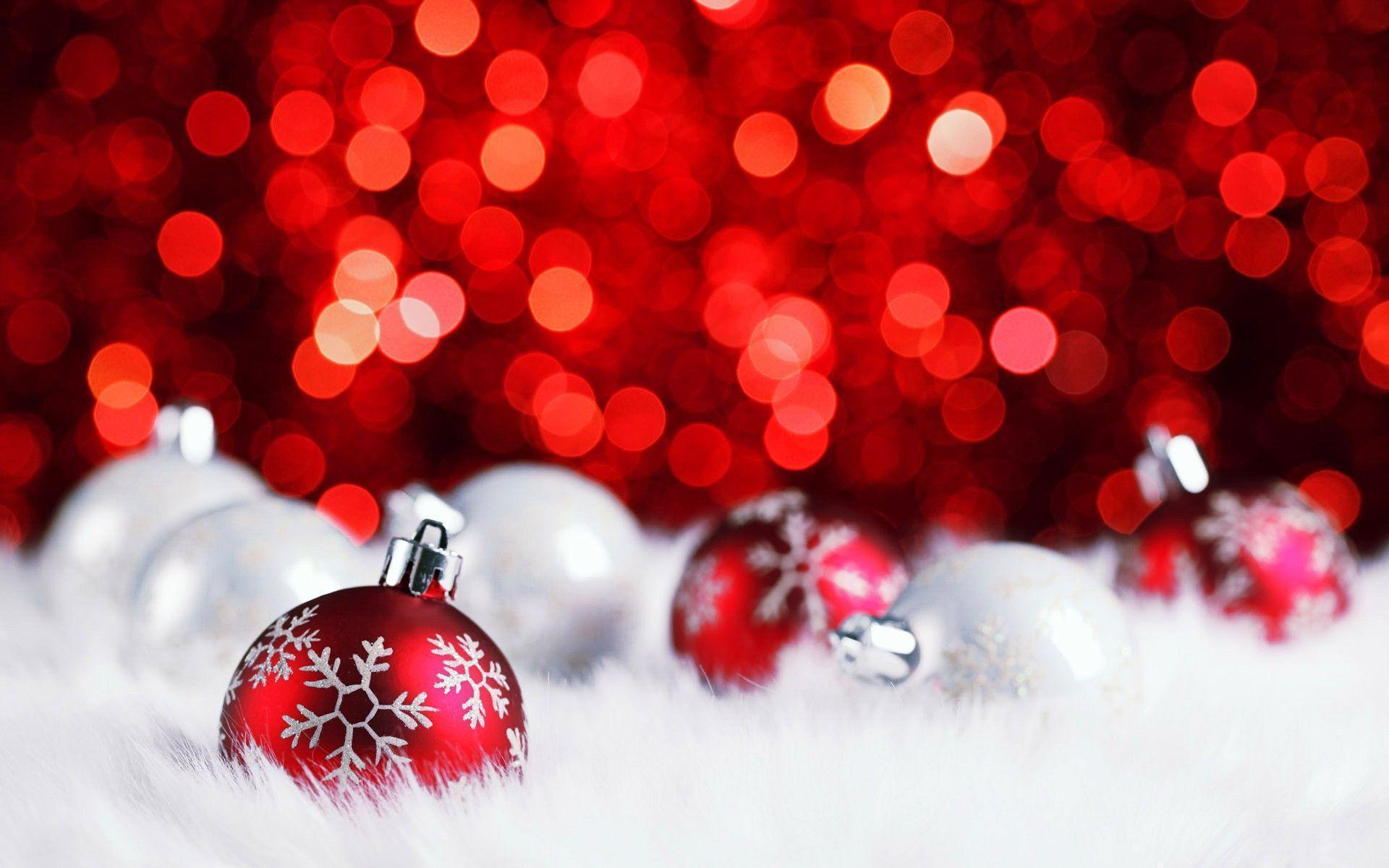 Red Aesthetic Christmas Wallpapers